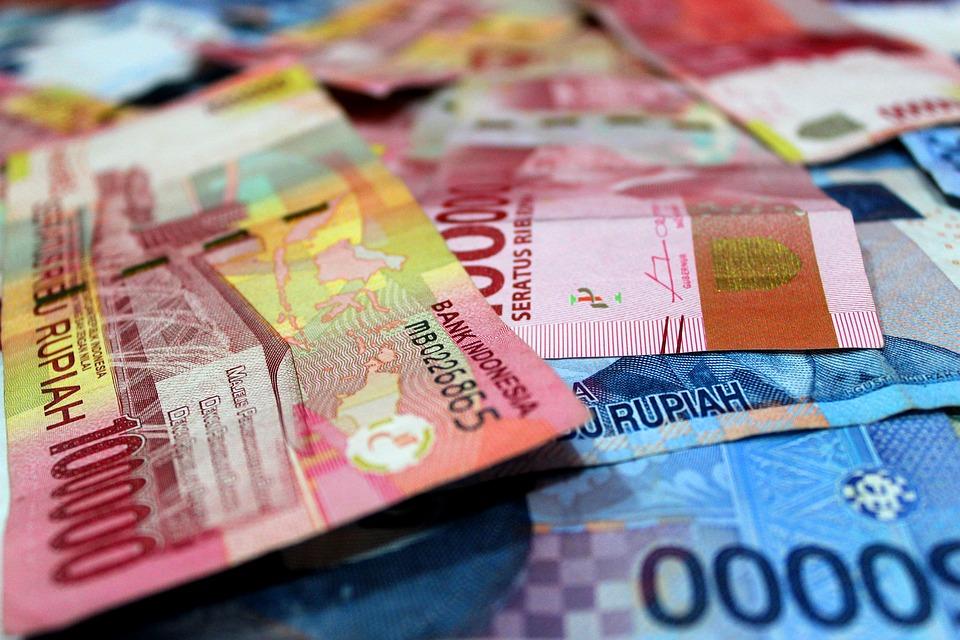 Definisi Uang, Fungsi, dan Jenis Uang | SimulasiKredit.com